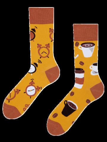 Potešte sa týmto kúskom Dedoles Regular Socks Coffee Time