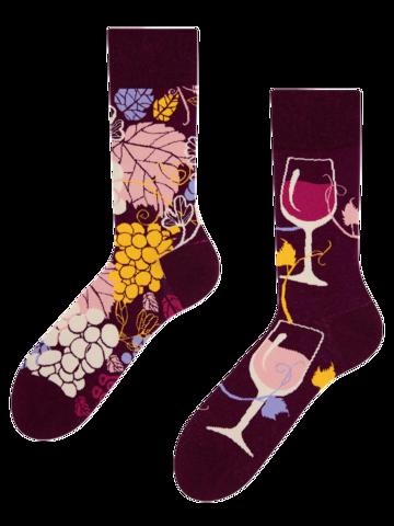Zľava Živahne nogavice Rdeče vino