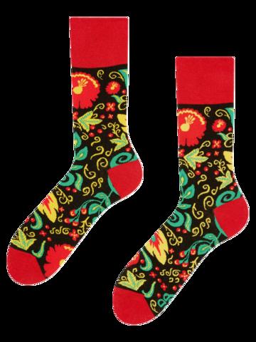 Pre dokonalý a originálny outfit Vesele čarape Folk