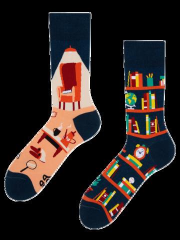 Hľadáte originálny a nezvyčajný darček? Obdarovaného zaručene prekvapí Vesele čarape Knjižnica