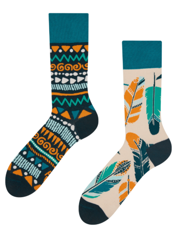 Looking for an original and unusual gift? The gifted person will surely surprise with Regular Socks Feathers