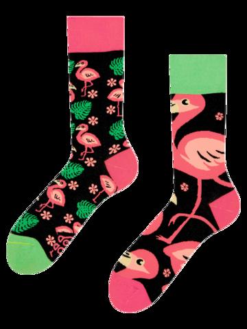 Potešte sa týmto kúskom Dedoles Veselé ponožky Plameniaky