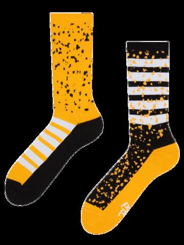 Hledáte originální a neobvyklý dárek? Obdarovaného zaručeně překvapí Veselé sportovní ponožky cákance