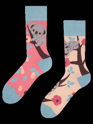 Potěšte se tímto kouskem Dedoles Veselé ponožky Ospalá koala