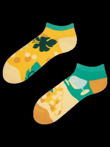 Zľava Živahne kratke nogavice Trta
