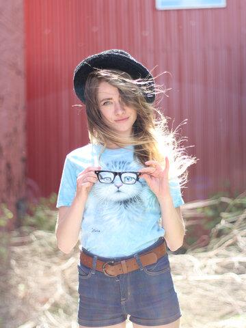 Wyprzedaż Blue Eyed Kitten Adult