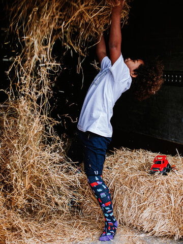 Lifestyle foto Collants alegres de criança Trânsito