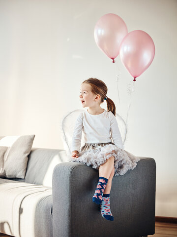 Lifestyle photo Kids' Socks Flying Pigs