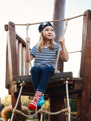 Zľava Chaussettes rigolos pour enfants Pirate