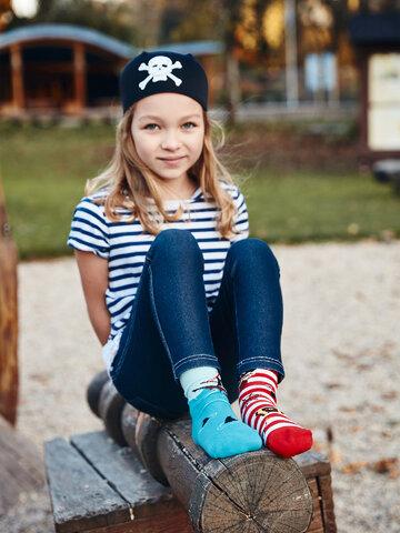 Pre dokonalý a originálny outfit Chaussettes rigolos pour enfants Pirate
