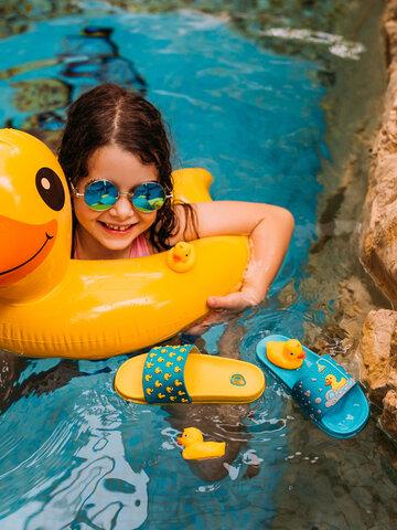 Potešte sa týmto kúskom Dedoles Kids' Slides Ducks