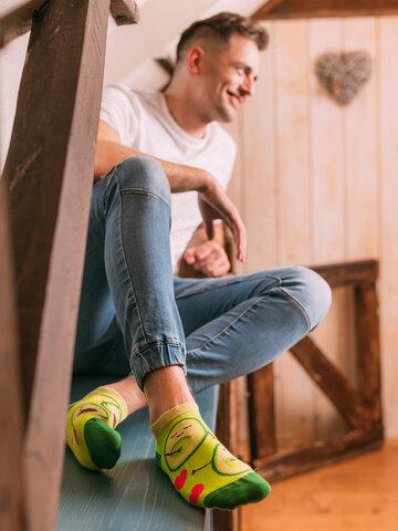 Lifestyle foto Meias alegres pelo tornozelo Paixão por Abacates