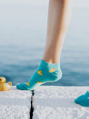 Výnimočný darček od Dedoles Veselé členkové ponožky Kačičky