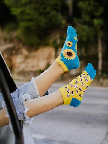 Lifestyle foto Veselé kotníkové ponožky Slunečnice