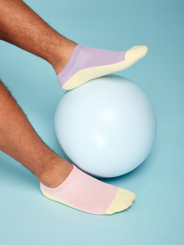 Tip na dárek Pastelově fialové kotníkové ponožky Stopa