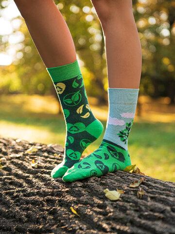 Potešte sa týmto kúskom Dedoles Vesele eko čarape Posadi drvo