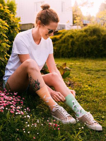 Lifestyle photo Bamboo Regular Socks Daisy