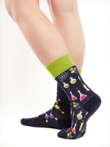 Lifestyle foto Veselé ponožky Chemie