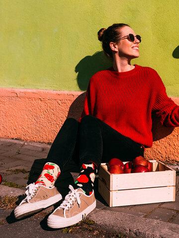 Potešte sa týmto kúskom Dedoles Veselé ponožky Jablká