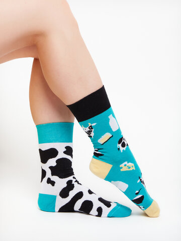 Hledáte originální a neobvyklý dárek? Obdarovaného zaručeně překvapí Veselé ponožky Kráva