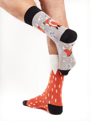 Hľadáte originálny a nezvyčajný darček? Obdarovaného zaručene prekvapí Veselé ponožky Líška