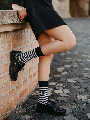 Lifestyle foto Chaussettes rigolotes Chats et rayures