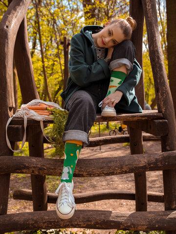 für ein vollkommenes und originelles Outfit Lustige Socken Kaninchen und Karotte
