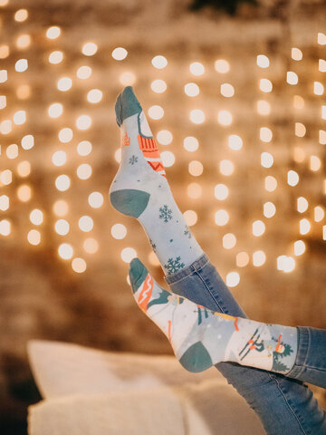 Looking for an original and unusual gift? The gifted person will surely surprise with Regular Socks Ski Slopes