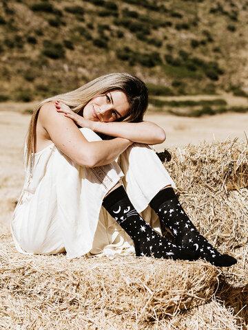 Výnimočný darček od Dedoles Vesele čarape Mistična mačka