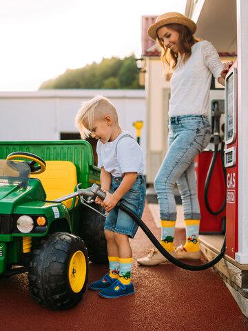 Bereiten Sie sich Freude mit diesem Dedoles-Stück Lustige Socken Traktor