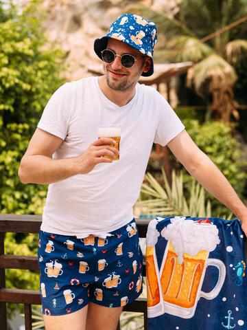 Lifestyle-Foto Lustige Badeshorts für Männer Bier und Boot