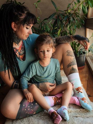 Lifestyle foto Veselé detské členkové ponožky Medvedík