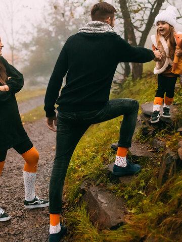 Suchen Sie ein originelles und außergewöhliches Geschenk? überrascht den Beschenkten sicher Lustige warme Socken für Kinder Flauschiger Fuchs