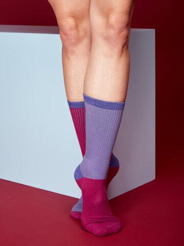 Tip na darček Fialovo-modré športové ponožky