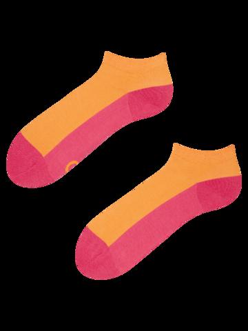 Geschenktipp Himbeerrosa Knöchelsocken Fußabdruck