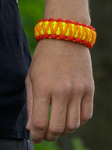für ein vollkommenes und originelles Outfit Paracord-Armband Sonnenuntergang mit verstellbarer Schnalle