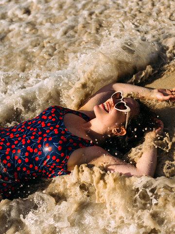 Obrázok produktu Veselé celé plavky Čerešne
