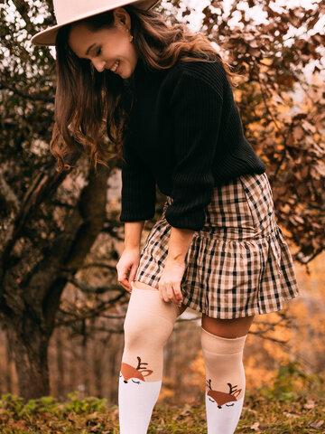 Pre dokonalý a originálny outfit Весели чорапи над коляното Елен