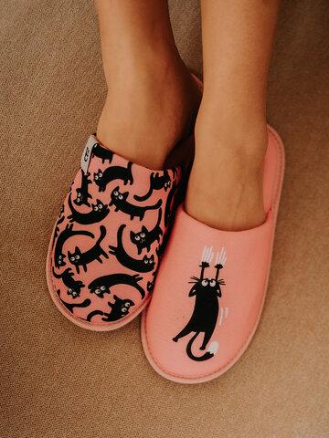 Lifestyle foto Vrolijke slippers Roze katten