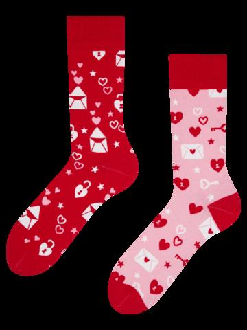 Tip na darček Veselé ponožky Ľúbostné listy