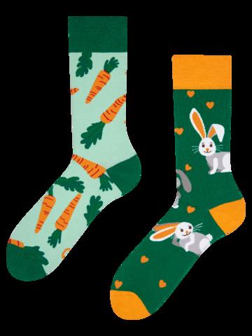 Geschenk von Dedoles Lustige Socken Kaninchen und Karotte