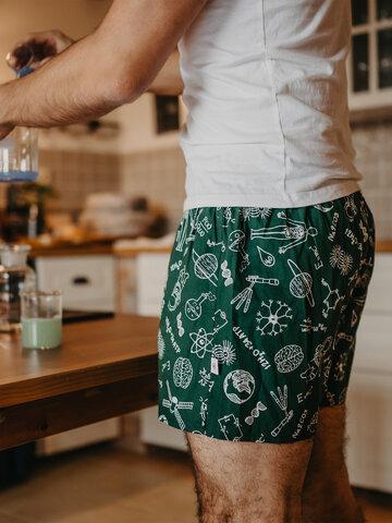 Potešte sa týmto kúskom Dedoles Men's Boxer Shorts Physics vs. Chemistry