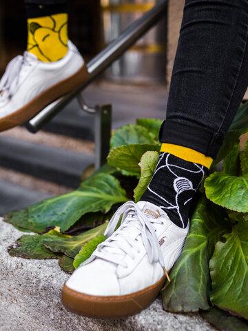 für ein vollkommenes und originelles Outfit Lustige Socken Licht