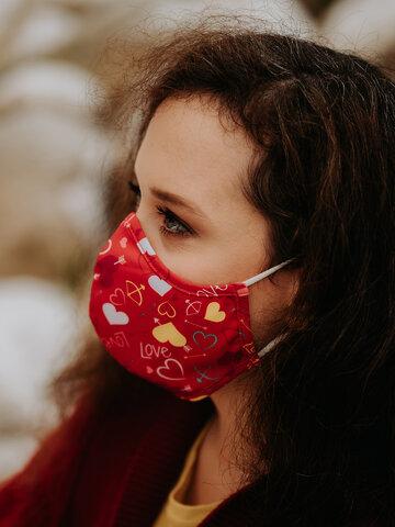 """Geschenk von Dedoles Lustige antibakterielle Gesichtsmaske Herzen - Größe """"Groß"""""""