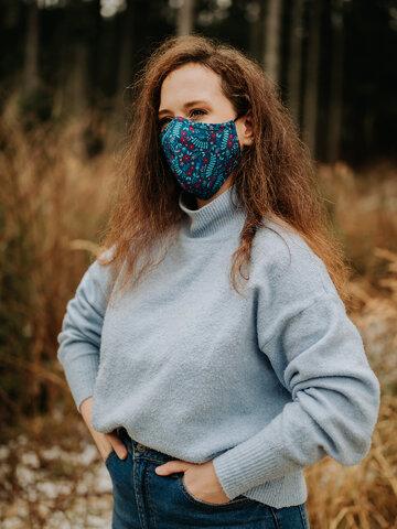 Tip na darček Živahna protibakterijska zaščitna maska Skrivni vrt - večja velikost