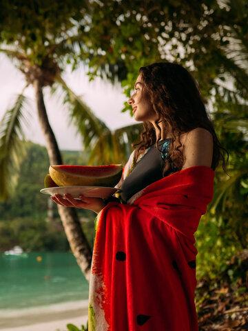 Výnimočný darček od Dedoles Veselý okrúhly plážový uterák Svieži melón