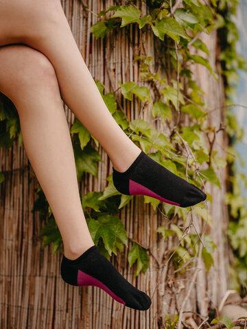 Tip na darček Crne čarape za tenisice Peta