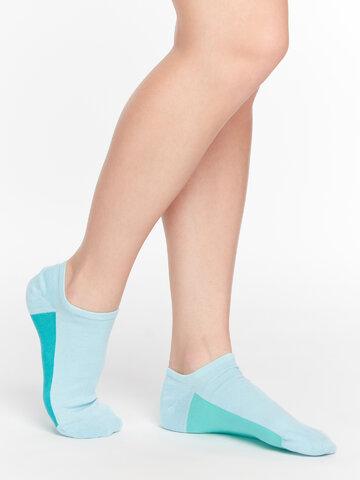 ZNIŻKA Jasnoniebieskie skarpetki do sneakersów Cukierek