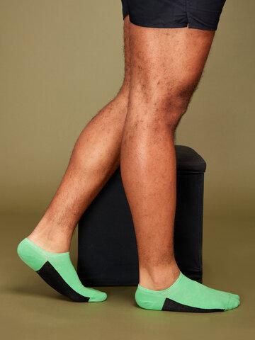 Lifestyle foto Zelené ponožky do tenisek Pata