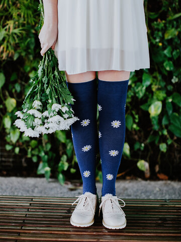 Lifestyle photo Over the Knee Socks White Daisies